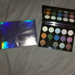 Urban Decay Distortion Palette